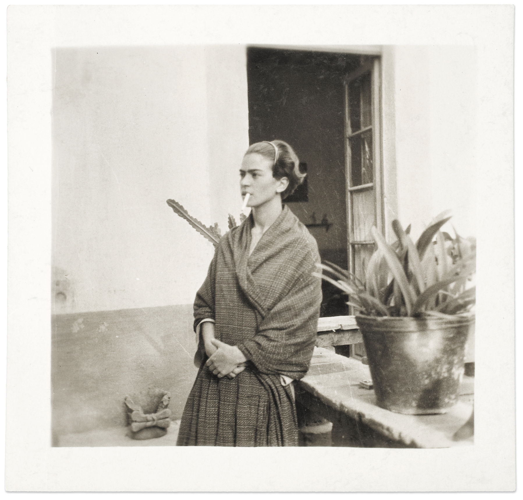 Frida-Kahlo-Portrait-Arizona-Museum
