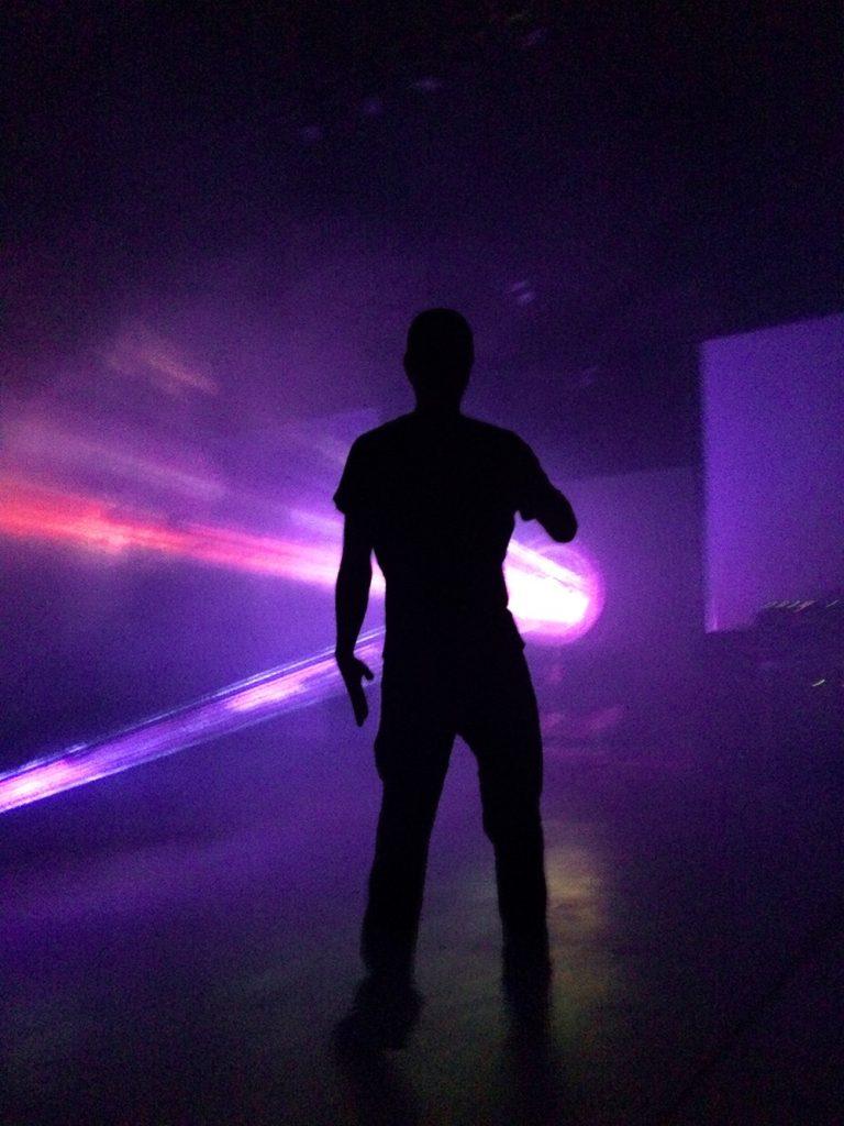 devin-1222-silhouette