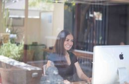 Roza Ferdowsmakan Java Portrait 2017-11